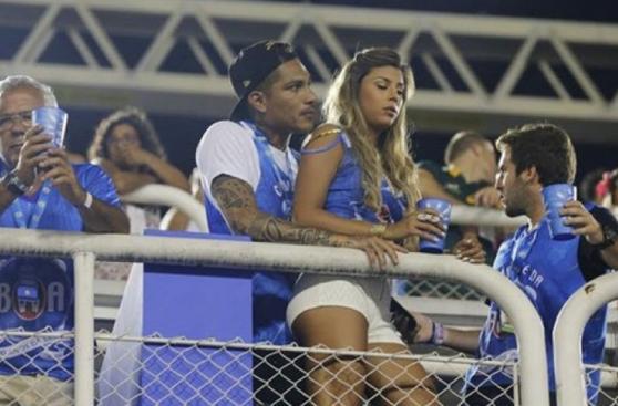 Paolo Guerrero disfrutó Carnaval de Río junto a Alondra (FOTOS)