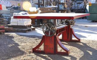 Bronx Crank :una mesa diseñada para durar más de cien años
