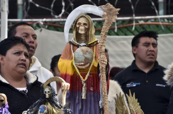 El culto a la Santa Muerte que encontrará el Papa en México