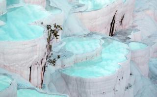 Déjate impresionar por la belleza de la cascada Pamukkale