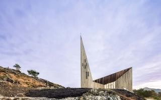 El increíble diseño de una iglesia inspirada en la edad media