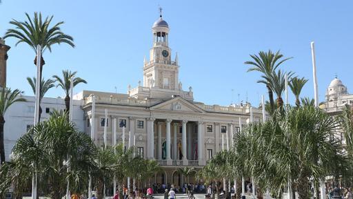 Joaquín García empezó a trabajar en el ayuntamiento de Cádiz en 1990 y su último cargo fue en la compañía de aguas de la ciudad. (Foto: Ayuntamiento de Cadiz)