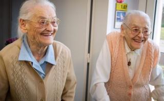 Las gemelas francesas que juntas suman 208 años de edad