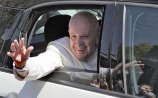 Critican visita del Papa a México por supuesto costo millonario