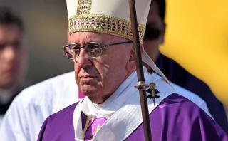Francisco pide a religiosos que no se resignen ante los narcos