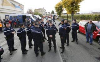 Francia prolonga estado de emergencia hasta el 26 de mayo