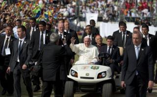 """El Papa a jóvenes: """"Jesús nunca nos invitaría a ser sicarios"""""""