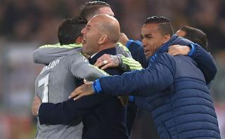 Cristiano Ronaldo festejó gol junto a Zidane con emotivo abrazo