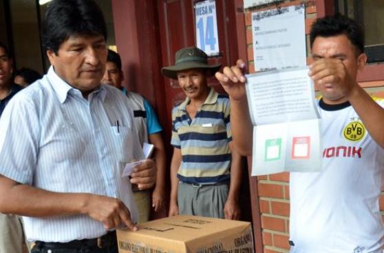 Referéndum: Bolivia dice No a Evo Morales, según boca de urna