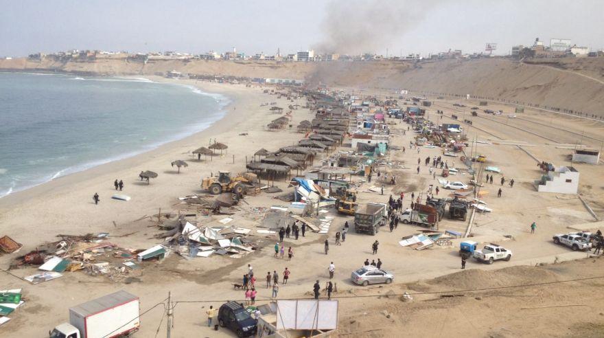 Playa El Silencio: así fue el desalojo de los puestos de