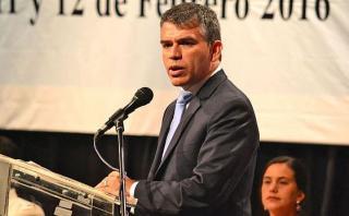"""Guzmán a Urresti: """"Estoy orgulloso de haber sido viceministro"""""""