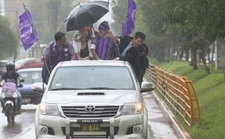 La lluvia que arruinó la caravana de Julio Guzmán [CRÓNICA]