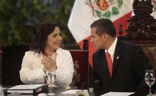 """Ana Jara: Es """"irresponsable"""" pedir la vacancia de Humala"""