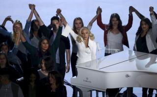 Oscar 2016: Lady Gaga protagonizó vibrante presentación [VIDEO]