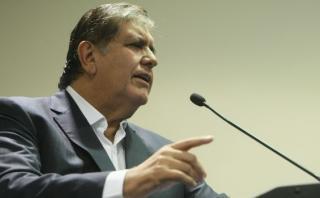 Alan García: Un español nos propone votar por un norteamericano