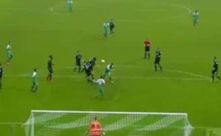 Claudio Pizarro marcó magistral gol ante el Hannover [VIDEO]