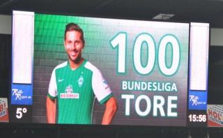 Con #Pizarro100 y #GraciasClaudio alaban a Claudio Pizarro