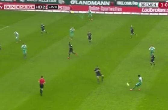 CUADROxCUADRO del golazo de Claudio Pizarro en la Bundesliga