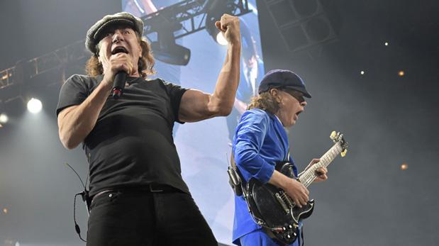 AC/DC: Brian Johnson en riesgo de perder totalmente la audición