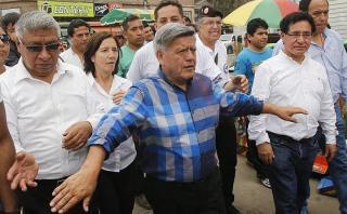 César Acuña presentará recurso para seguir en carrera