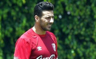 Claudio Pizarro sí estará ante Venezuela, asegura doctor Alva