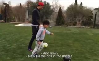 Cristiano Ronaldo y la tierna competencia con su hijo (VIDEO)