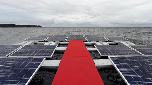 Brasil inaugura su primera planta solar flotante en el Amazonas