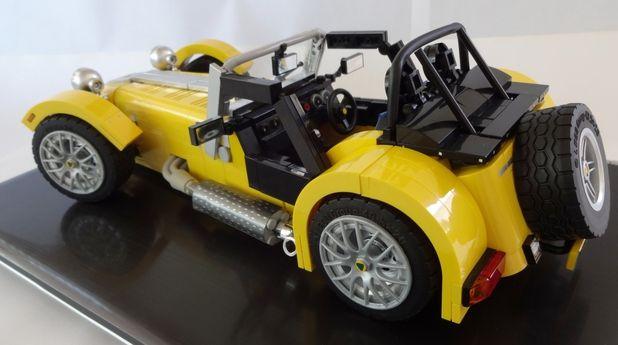 Lego podría lanzar próximamente dos versiones del Caterham Seven. (fotos: Lego Ideas)