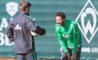 Claudio Pizarro volvió a entrenar con Werder Bremen [VIDEO]