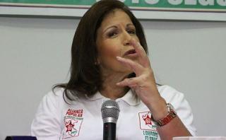 Lourdes Flores Nano se disculpó por gestos de Alan García