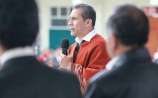 """Humala: """"En meses de campaña, los burócratas no quieren firmar"""""""