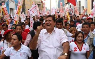 """Alan García dice que Keiko y PPK """"no tienen sangre peruana"""""""