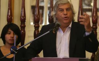 Olivera descarta renunciar a la campaña tras debate con García