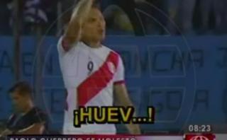 La molestia de Guerrero con Pizarro tras gol de Uruguay [VIDEO]