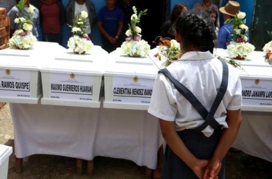 Emotivo fue el recibimiento a 40 campesinos asesinados por SL