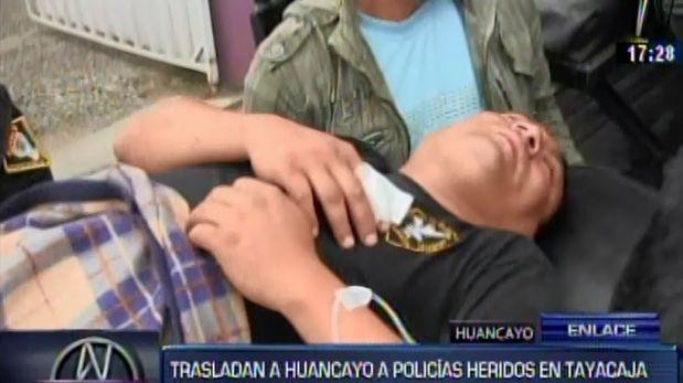 Tayacaja: manifestantes en paro retienen y golpean a policías