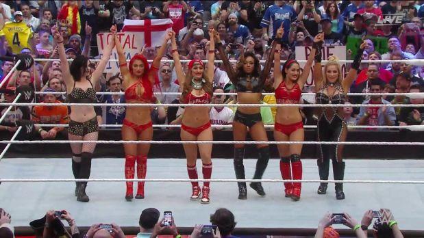 Las Divas de la WWE se enfrentaron en Wrestlemaniay el resultado fue un combate espectacular. (WWE)