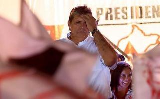 Alan García renuncia a la presidencia del Partido Aprista