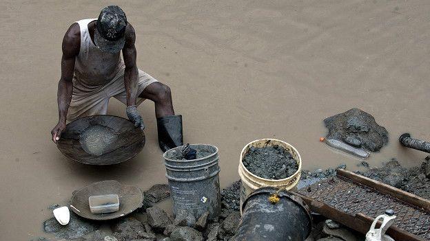 La minería ilegal e informal se multiplicó en la última década debido a la subida del precio de los minerales, fundamentalmente del oro. (Foto: Getty Images)