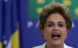 """Dilma: """"Lucharé hasta el último minuto contra golpistas"""""""