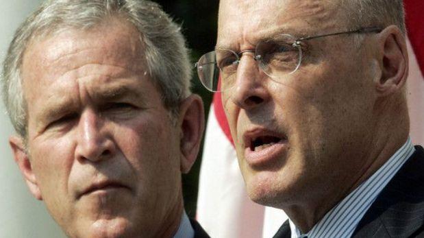 Hank Paulson, ex ejecutivo de la firma, fue el Secretario del Tesoro de George W. Bush. (Foto: AP)