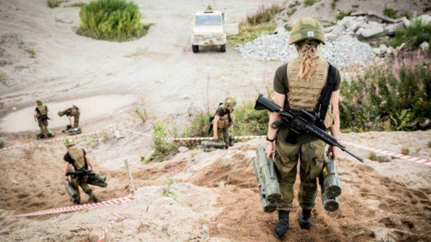 Apenas un puñado de reclutas ha pasado el duro proceso de selección del cuerpo de cazadoras. (Foto: Fuerzas Especiales de Noruega)