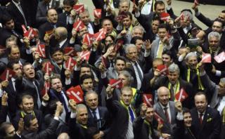 Los cargos contra los diputados que definen el futuro de Dilma