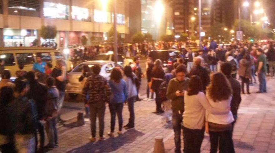 Las primeras imágenes del terremoto de 7,6 grados en Ecuador