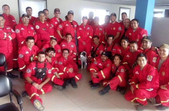 Terremoto en Ecuador: bomberos peruanos ayudarán en rescates