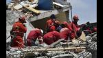 Los bomberos peruanos que buscan sobrevivientes en Ecuador - Noticias de materiales peligrosos