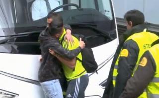 Cristiano Ronaldo fue sorprendido por fan que burló seguridad