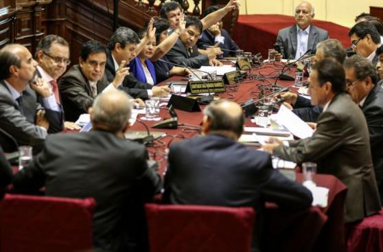 [FOTOS] Fiscalización aprobó preinforme sobre agendas de Nadine