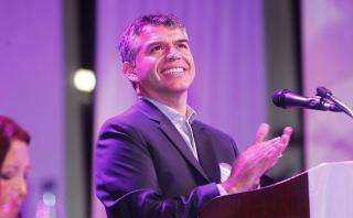 Julio Guzmán pide ayuda para escoger nombre de partido propio