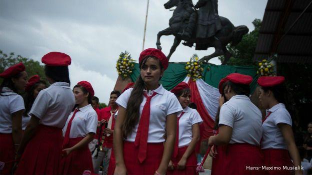 Marisol no piensa dejar la escuela... por ahora. (Foto: Hans-Maximo Musielik)
